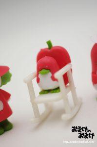 リンゴの揺り椅子 アップ